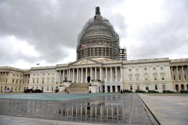 Senate Approves Temporary Spending Bill