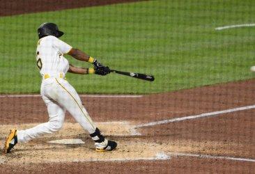 Pirates Jarrod Dyson Single Scores Two Runs