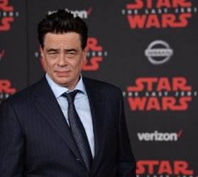 """Benicio del Toro attends the """"Star Wars: The Last Jedi"""" premiere in Los Angeles"""