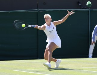 Ashleigh Barty in second round action against Alison Van Uytvanck