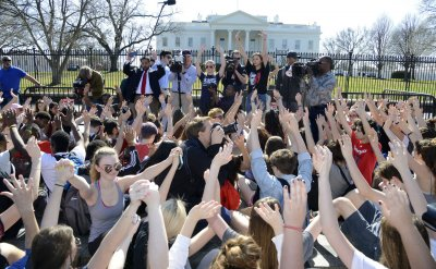 Students protest school gun violence during White House demonstration