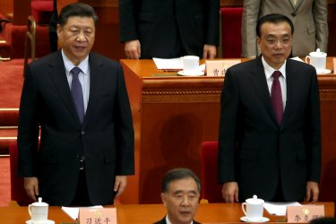 Xi and Li sing at the closing session of the CPPCC in Beijing, China