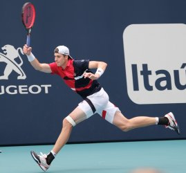Isner at the Miami Open Men's Senifinals in the Hard Rock Stadium in Miami Gardens, Florida