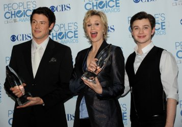 """Jane Lynch and """"Glee"""" garner awards at the People's Choice Awards in Los Angeles"""