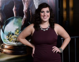 "Allison Tolman attends the ""Krampus"" premiere in Los Angeles"