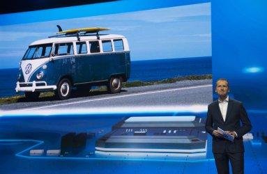 Dr. Herbert Diess of Volkswagen speaks at 2016 International CES