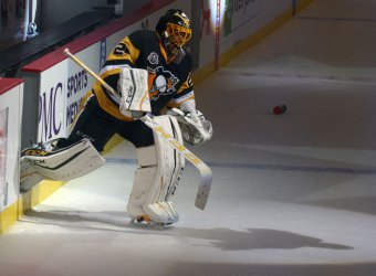 Penguins Marc-Andre Fleury Records 1-0 Shutout in Preseason