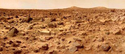 PATHFINDER TAKES IMAGE OF TWIN PEAKS ON MARS