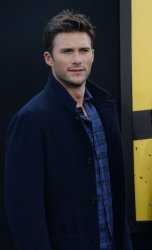 "Scott Eastwood attends the ""Central Intelligence"" premiere in Los Angeles"