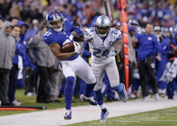 Giants Sterling Shepard runs for a gain of 23 yards