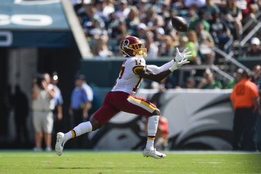 Redskins wide receiver Terry McLaurin (17) catches the ball for a touchdown