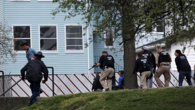 Police Surrond House Looking for Marathon Bomber Suspect