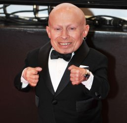 Verne Troyer smiles at Celebrity Fight Night in Arizona