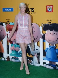 """Tori Spelling attends """"The Peanuts Movie"""" premiere in Los Angeles"""