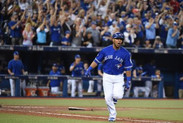 Blue Jays Encarnacion hits 2-RBI single in seventh inning in the ALCS game four