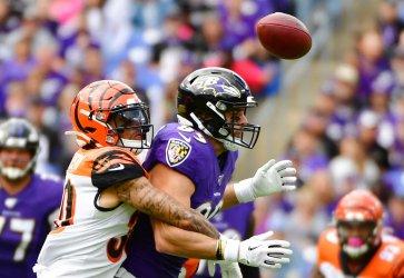 Bengals' Jessie Bates blocks pass to Ravens' Mark Andrews