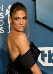 Jennifer Lopez attends the 26th annual SAG Awards in Los Angeles