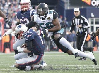 Jaguars Fowler Jr. sacks Patriots QB Brady in the AFC Championship