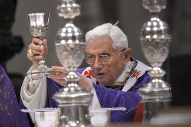 Pope Benedict XVI leads the mass for Ash Wednesday, opening Lent, in the Vatican