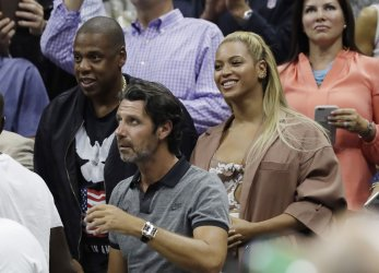 Jay-Z and Beyonce watch Serena at the US Open