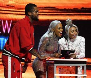 Dave East, Keyshia Ka'Oir, and Blac Chyna present the Best New Hip Hop Artist award at the 2017 BET Hip Hop Award Show