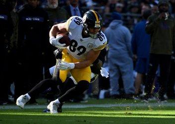 Steelers tight end Vance McDonald