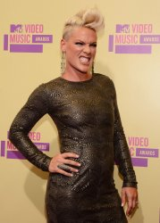 Pink attends the 2012 MTV Video Music Awards in Los Angeles