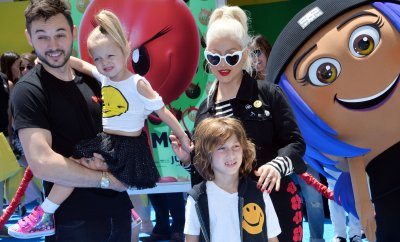 """Christina Aguilera and family attend """"The Emoji Movie"""" premiere in Los Angeles"""