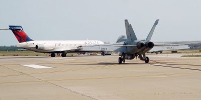 Military Aircraft Makes Emergency Landing