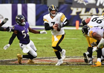 Pittsburgh Steelers vs. Baltimore Ravens at M&T Banks Stadium