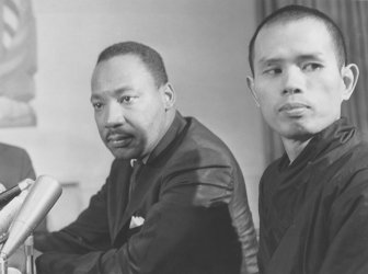 Rev. Martin Luther King Jr. meets Vietnamese Buddhist monk in Chicago
