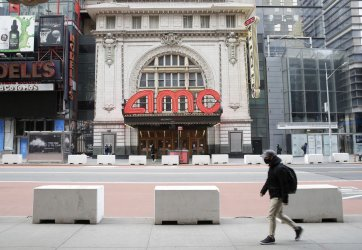 Movie Theaters in New York City to Reopen Friday