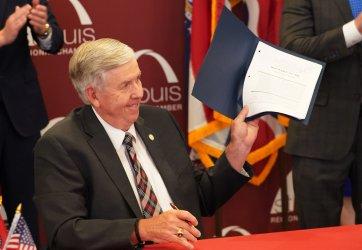 Missouri Governor Signs Bill