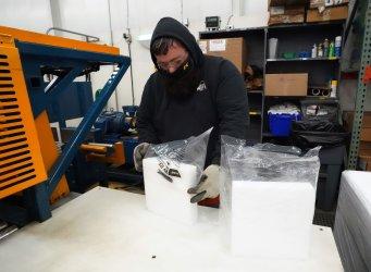 Missouri Company Maks Dry Ice For Vaccine