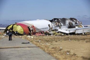 NTSB Investigators on scene at crash of Asiana Flight 214