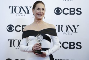 Laurie Metcalf arrives at the Tony Awards