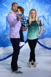 """""""Frozen"""" premiere held in Los Angeles"""