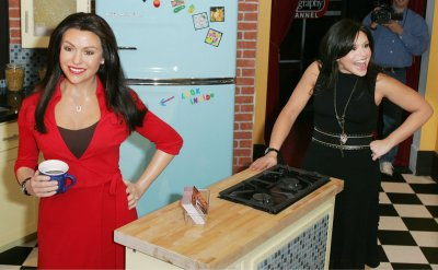 RACHAEL RAY AT MADAME TUSSAUD'S WAX MUSEUM