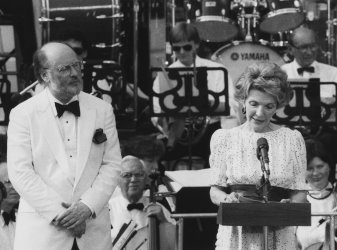 Nancy Reagan Thanks Boston Pops for Performance