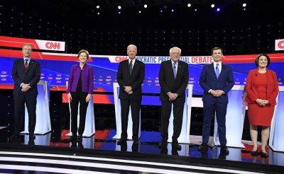 Democratic presidential candidates attend debate in Iowa