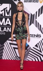 Hailey Baldwin arrives at the MTV Europe Music Awards in Milan