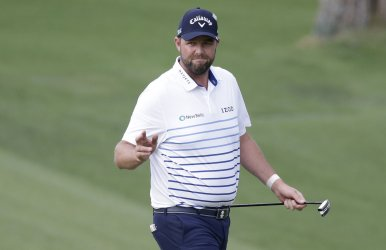 Marc Leishman reacts after a putt  at the 2018 Masters