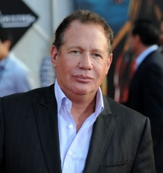 "Garry Shandling attends the ""Iron Man 2"" premiere in Los Angeles"