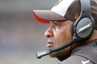 Browns head coach Hue Jackson against Steelers