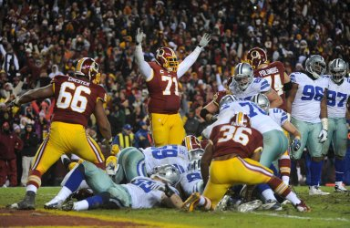 Dallas Cowboys vs Washington Redskins in Landover, Maryland