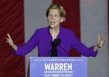Elizabeth Warren delivers a speech in New York City