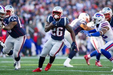 Patriots Michel runs against Bills