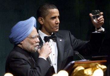 President Obama Hosts Indian Prime Minister Manmohan Singh