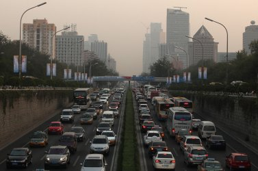 Heavy traffic inches through Beijing