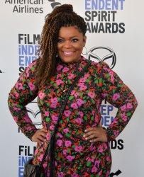 Yvette Nicole Brown attends the Film Independent Spirit Awards in Santa Monica